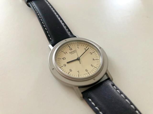 セイコー腕時計のシャリオのケースデザイン