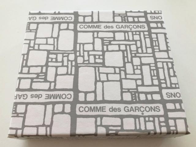 コムデギャルソン箱